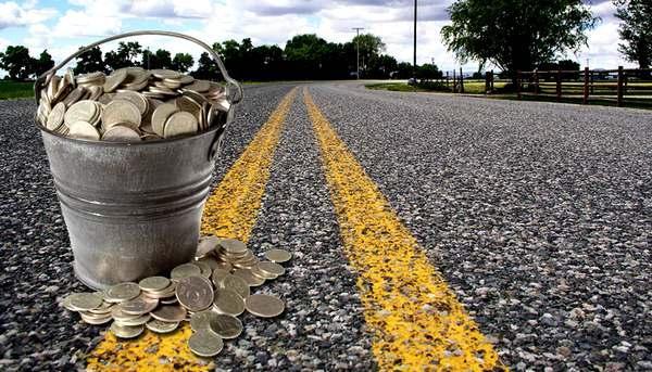 Долг сроком на 50 лет за пользование платной дорогой